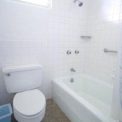 Отель Burlingame Villa Ямайка, Монтего-Бей - отзывы, цены и фото номеров - забронировать отель Burlingame Villa онлайн ванная