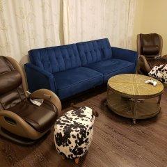 Отель LUXE Retreat at 8050 Kaymar Dr. Канада, Бурнаби - отзывы, цены и фото номеров - забронировать отель LUXE Retreat at 8050 Kaymar Dr. онлайн комната для гостей