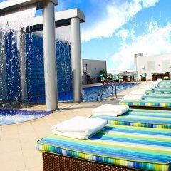 Отель Holiday Inn Dubai - Al Barsha бассейн