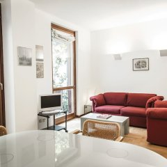 Апартаменты San Maurilio Apartments Милан комната для гостей фото 2