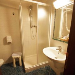 Отель Albergo Zoello Je Suis ванная фото 2