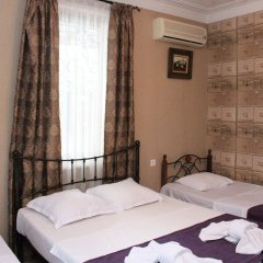 Отель New Ponto сейф в номере