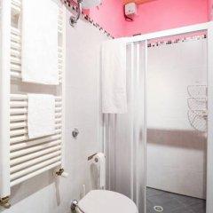 Отель A Casa dell'Artista ViKi Италия, Джези - отзывы, цены и фото номеров - забронировать отель A Casa dell'Artista ViKi онлайн ванная