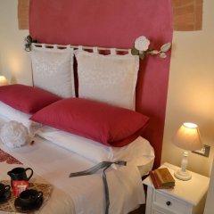 Отель B&B Le Undici Lune Италия, Сан-Джиминьяно - отзывы, цены и фото номеров - забронировать отель B&B Le Undici Lune онлайн комната для гостей фото 2