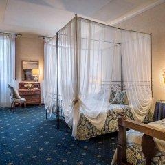 Отель Palazzo dal Borgo Италия, Флоренция - 1 отзыв об отеле, цены и фото номеров - забронировать отель Palazzo dal Borgo онлайн комната для гостей фото 4