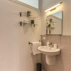 Отель M&L Apartment - case vacanze a Roma Италия, Рим - 1 отзыв об отеле, цены и фото номеров - забронировать отель M&L Apartment - case vacanze a Roma онлайн ванная