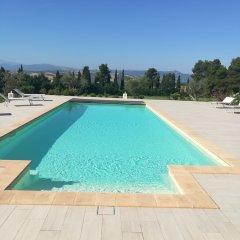 Отель Il Roccolo Di Valcerasa Трайа бассейн