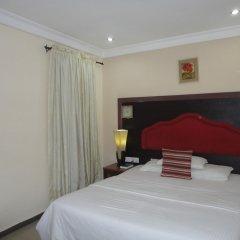 Отель SDM Tavern and Suites комната для гостей фото 2