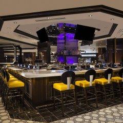 Отель Harrahs Las Vegas США, Лас-Вегас - отзывы, цены и фото номеров - забронировать отель Harrahs Las Vegas онлайн гостиничный бар