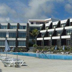Отель Caloura Hotel Resort Португалия, Агуа-де-Пау - 3 отзыва об отеле, цены и фото номеров - забронировать отель Caloura Hotel Resort онлайн бассейн фото 2