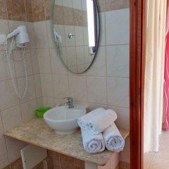 Отель Laza Beach ванная фото 2