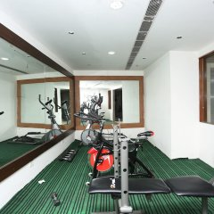 Hotel Uppal International фитнесс-зал фото 3