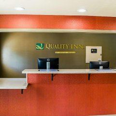 Отель Quality Inn Vicksburg интерьер отеля