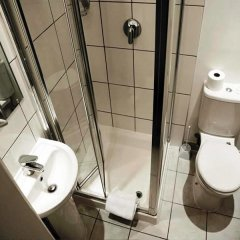 Arriva Hotel ванная фото 2