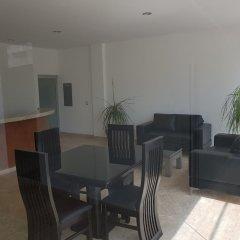 Отель Marina Platino Departamento De Lujo 2 Habitaciones. 6 Per. Масатлан комната для гостей