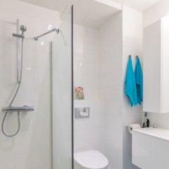 Отель Precious Apartment Финляндия, Хельсинки - отзывы, цены и фото номеров - забронировать отель Precious Apartment онлайн ванная