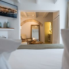 Отель S'Hotelet D'Es Born - Suites And Spa Испания, Сьюдадела - отзывы, цены и фото номеров - забронировать отель S'Hotelet D'Es Born - Suites And Spa онлайн комната для гостей фото 4