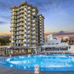 Отель Allegro Madeira-Adults Only Португалия, Фуншал - отзывы, цены и фото номеров - забронировать отель Allegro Madeira-Adults Only онлайн бассейн