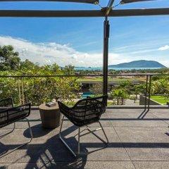 Отель Вилла Casabay Luxury Pool балкон