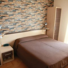 Hotel Velus Чивитанова-Марке комната для гостей фото 5