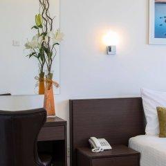 Costantiana Beach Hotel Apartments комната для гостей