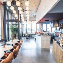 Отель Pontsteiger Нидерланды, Амстердам - отзывы, цены и фото номеров - забронировать отель Pontsteiger онлайн питание фото 3