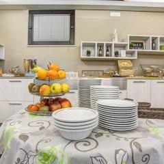 Отель Villa dei Gerani Италия, Римини - отзывы, цены и фото номеров - забронировать отель Villa dei Gerani онлайн питание фото 3