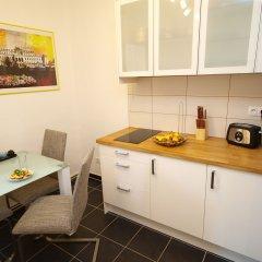 Апартаменты CheckVienna – Apartment Kroellgasse в номере