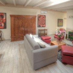 Отель La Foresteria - 3 Br Villa Вербания фото 3