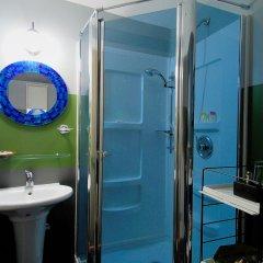 Отель House on Dunbar B&B Канада, Ванкувер - отзывы, цены и фото номеров - забронировать отель House on Dunbar B&B онлайн ванная