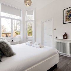 Отель Luxurious Hampstead Home with Gorgeous Garden комната для гостей фото 5