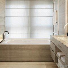 Отель Armani Hotel Milano Италия, Милан - 2 отзыва об отеле, цены и фото номеров - забронировать отель Armani Hotel Milano онлайн ванная фото 2