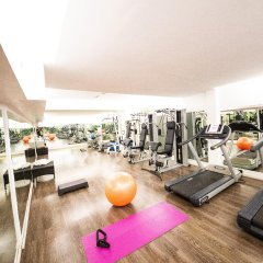 Hotel Roma Tor Vergata фитнесс-зал