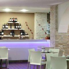 Отель Ibis Styles Palermo Cristal Палермо гостиничный бар