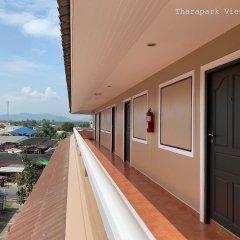 Tharapark View Hotel балкон