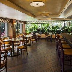 DoubleTree by Hilton Hotel Alana - Waikiki Beach питание