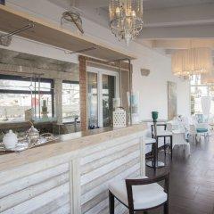 Pascucci Al Porticciolo Hotel гостиничный бар