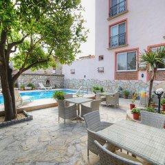 Nazar Hotel Турция, Сельчук - отзывы, цены и фото номеров - забронировать отель Nazar Hotel онлайн бассейн фото 2