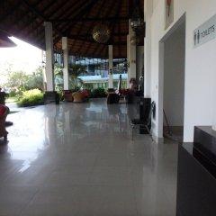 Отель Baan Bangsaray By Nana Банг-Саре интерьер отеля