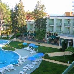 Отель Avliga Beach Болгария, Солнечный берег - отзывы, цены и фото номеров - забронировать отель Avliga Beach онлайн бассейн