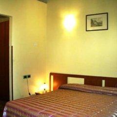 Отель Ostello Villa Redenta Сполето сейф в номере