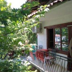 Отель Guest House Chinarite Болгария, Сандански - отзывы, цены и фото номеров - забронировать отель Guest House Chinarite онлайн балкон