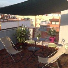 Отель Pensión Carlos Iii Эль-Прат-де-Льобрегат балкон
