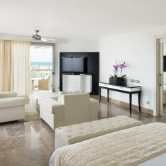 Отель Beloved Playa Mujeres by Excellence All Inclusive AdultsOnly комната для гостей