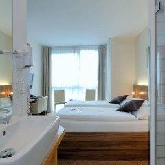 Отель Best Western Hotel Berlin Mitte Германия, Берлин - 2 отзыва об отеле, цены и фото номеров - забронировать отель Best Western Hotel Berlin Mitte онлайн ванная фото 2