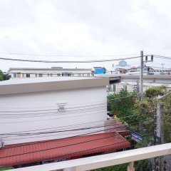 Ananas Phuket Hostel балкон