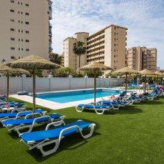 Отель Aparthotel Veramar бассейн