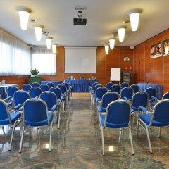 Отель Albergo Roma, Bw Signature Collection Кастельфранко помещение для мероприятий фото 2