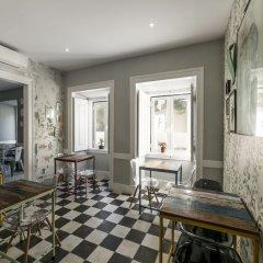 Отель Casa do Jasmim by Shiadu Португалия, Лиссабон - отзывы, цены и фото номеров - забронировать отель Casa do Jasmim by Shiadu онлайн питание