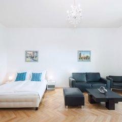 Апартаменты Slovansky Dum Boutique Apartments Прага комната для гостей фото 4